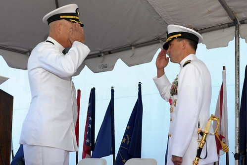 SAN DIEGO – Destroyer Squadron 7, (CDS 7) held a change of command ceremony at Pier 1, Naval Base San Diego.