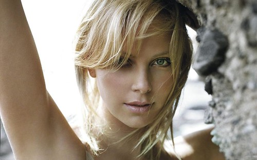 Charlize welcomes AUG - Have a blessed Month - WED 1 AUG 2012