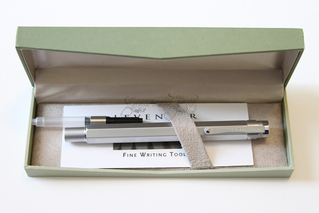 Levenger L-Tech Fountain Pen