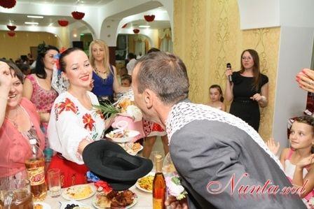 """Танцоры """"IZVORAŞ"""" / Свадебный танец! > Фото из галереи `Без названия`"""