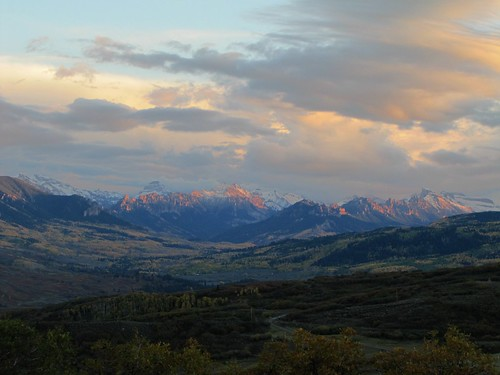 sunset mountains clouds rural colorado dusk sanjuanmountains montrosecolorado cimarronmountains cimarronvalley