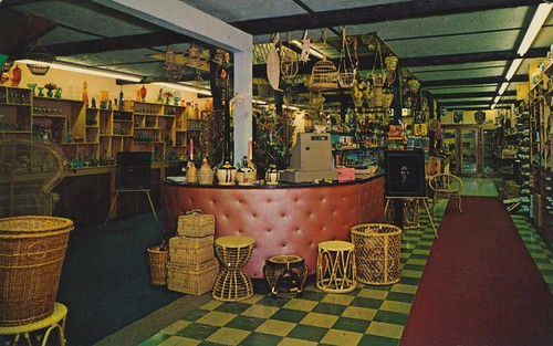 Vintage Shoppe - Pendleton, Oregon by The Pie Shops Collection