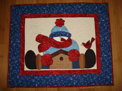 Straddling Snowman by gnomemade quilts