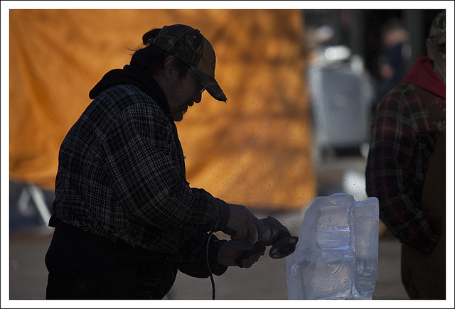 Ice Carving in St Charles 2013-01-26 2