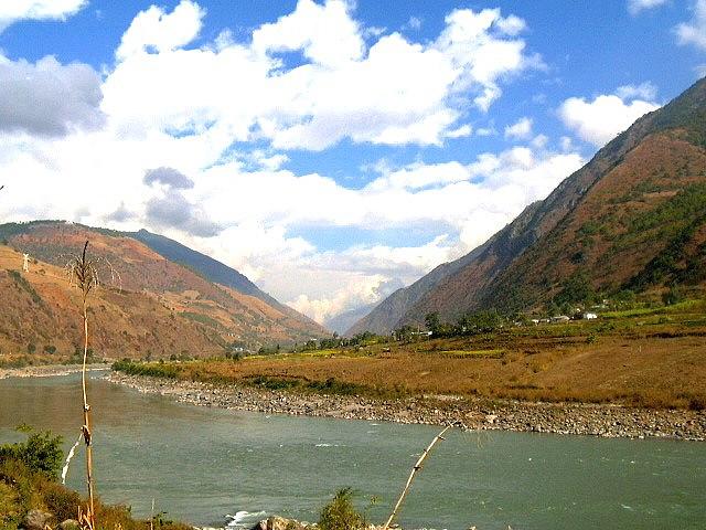 Nu Jiang Valley
