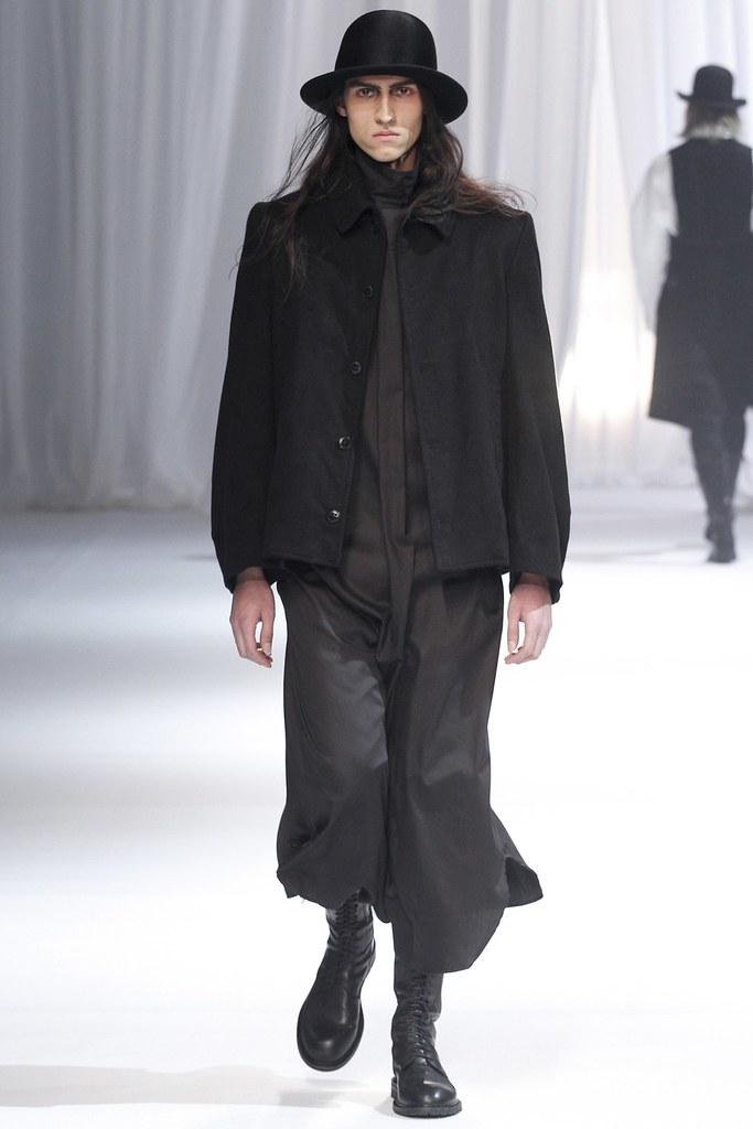FW13 Paris Ann Demeulemeester007_Duco @ Jill Models(GQ.com)