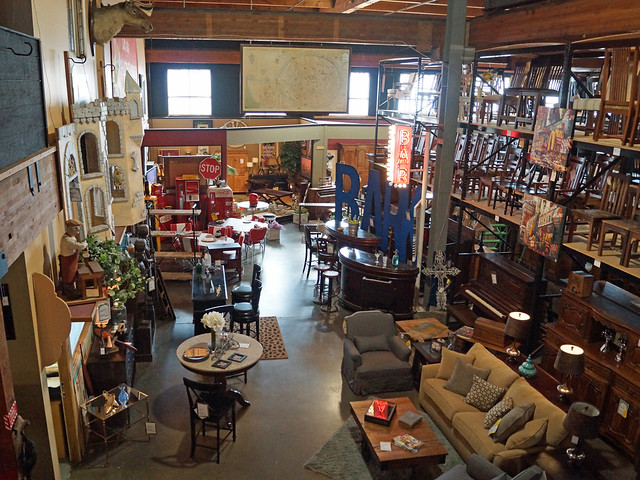 classic home antique portland furniture store 1805 se m l king blvd portland or bag the web. Black Bedroom Furniture Sets. Home Design Ideas
