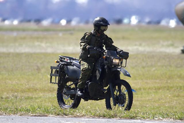 偵察バイク