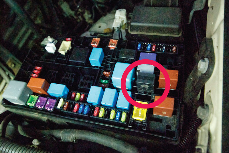tacoma wiring diagram pdf diy offroad switch and all oem wring to run more lights  diy offroad switch and all oem wring to run more lights