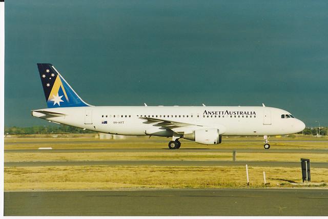 A320-200  VH-HYT
