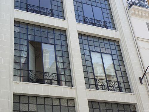 façade d'ateliers.jpg