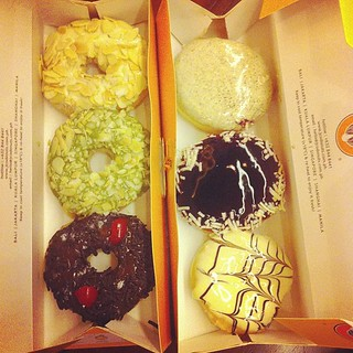 J. Co Donuts. Are these good? We'll find out! 1st time.