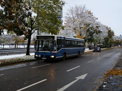 Den Bus-Shuttle vom und zum U-Bahnhof Olympiazentrum übernahm traditionell wieder das Verkehrsunternehmen W. Weiß.