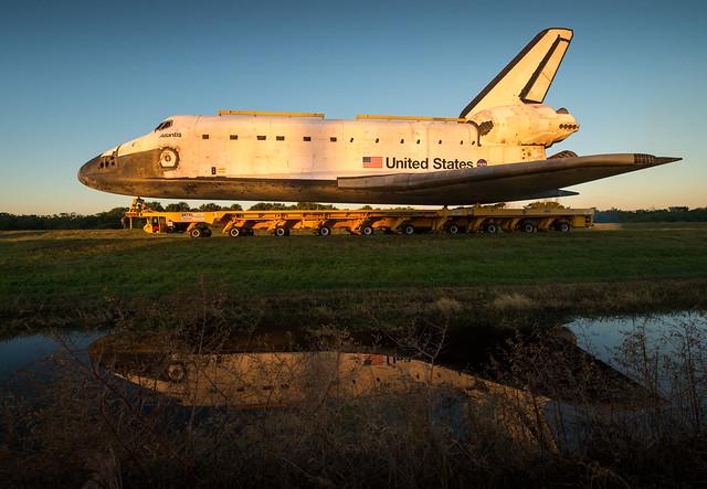 Space Shuttle Atlantis Move (201211020001HQ)