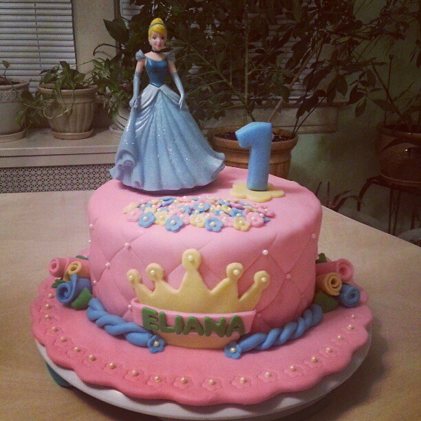 Disney Princess Girl First Birthday Cake