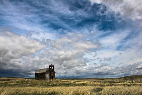 montana quiet empty peaceful isolation lonely prairie spaces desolation vast ghostown abandonedchurch hiline