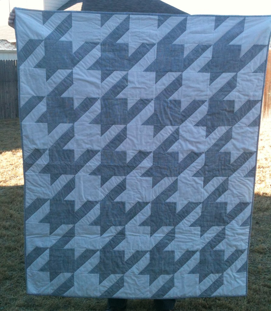 Houndstooth quilt for my BFF