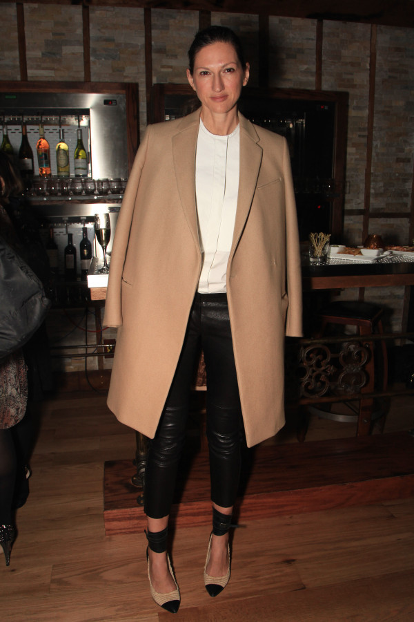 r-JENNA-LYONS-COAT-large