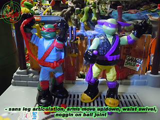 "Nickelodeon ""MUTAGEN OOZE"" TEENAGE MUTANT NINJA TURTLES :: OOZE TOSSIN' RAPH & OOZE SCOOPIN' DONNIE ii // ..articulation  (( 2013 ))"