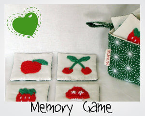 Memory Game with green handy case