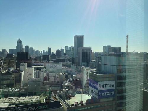 朝の銀座、まさに、自転車日和なのに走れないのが残念だ January 27, 2013 at 10:39AM