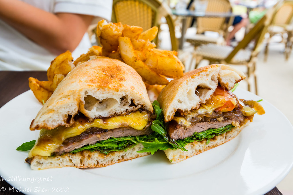 Weir Café - steak sandwich