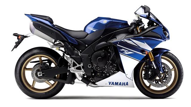 Yamaha, R1