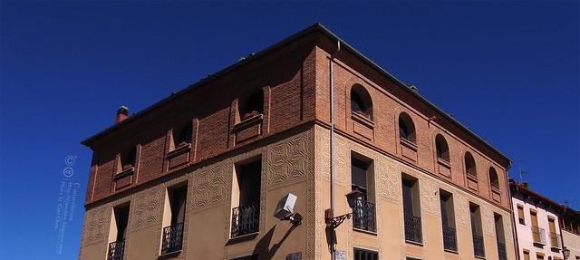 Hola Segovia~ 賽哥維亞。第一次看到建築奇蹟「羅馬水道橋」 R1044031