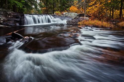 waterfall vermont fallfoliage groton canonef1740mmf4l bwcircularpolarizer 5dmarkii