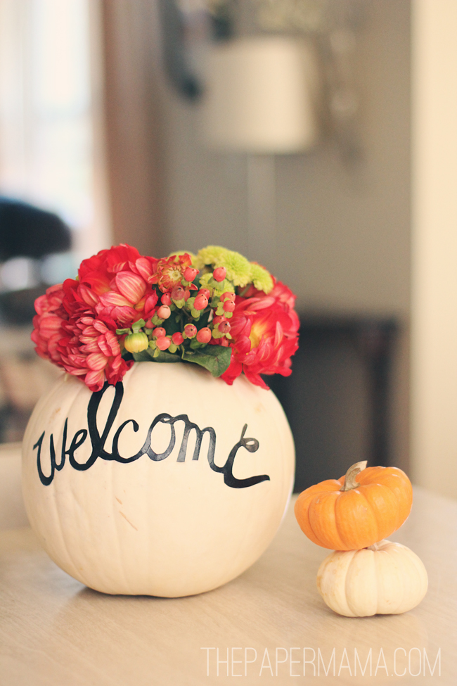23 DIY Fall Front Porch Decor Ideas You Should Try | Schlage