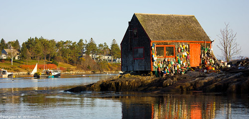 ocean morning travel vacation seascape reflection tourism me water landscape dawn coast fishing community scenery village maine scenic newengland places landmark tourist historic coastal lobster todo iconic lobsterboat authentic attraction 2012 baileyisland harpswell lobstering mackerelcove benjaminwilliamson