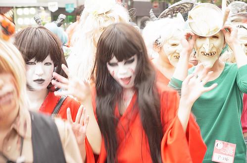 Kawasaki-Halloween-2012-Parade-42-R0022661