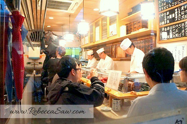 tsukiji market - best sushi - sushi dai-008