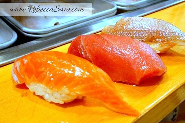Tsukiji market - sushi dai - best sushi-026