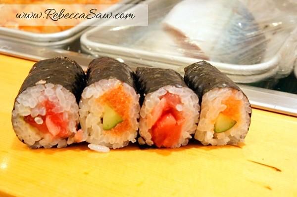Tsukiji market - sushi dai - best sushi-038