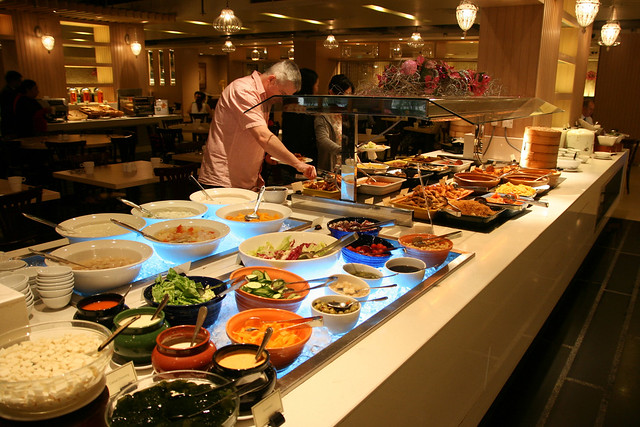 Spice Brasserie buffet breakfast
