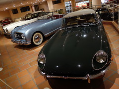 sports car(0.0), automobile(1.0), vehicle(1.0), performance car(1.0), automotive design(1.0), auto show(1.0), jaguar e-type(1.0), antique car(1.0), vintage car(1.0), land vehicle(1.0), luxury vehicle(1.0), convertible(1.0),