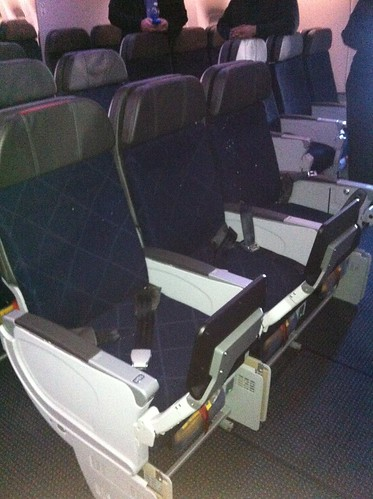 American Airlines 777-300ER main cabin seats