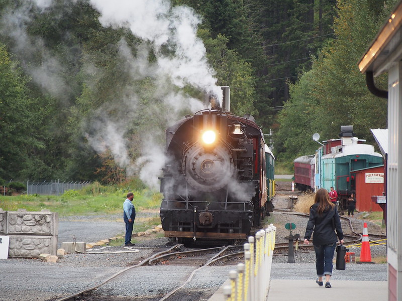 Mount Rainier Scenic Railroad No. 17 Building Steam