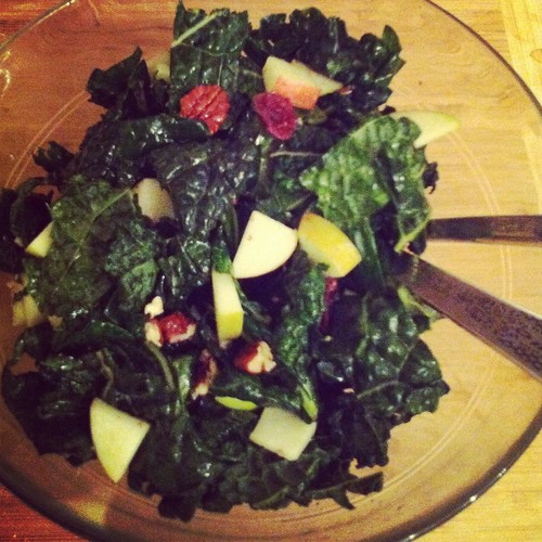apple cranberry kale salad