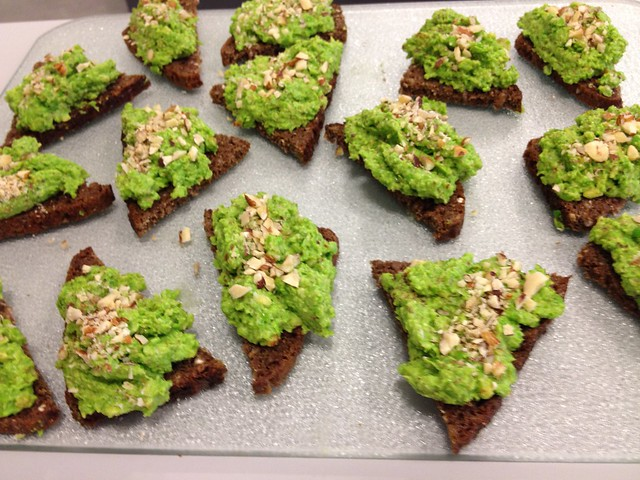 Mashed pea on toasted rye bread