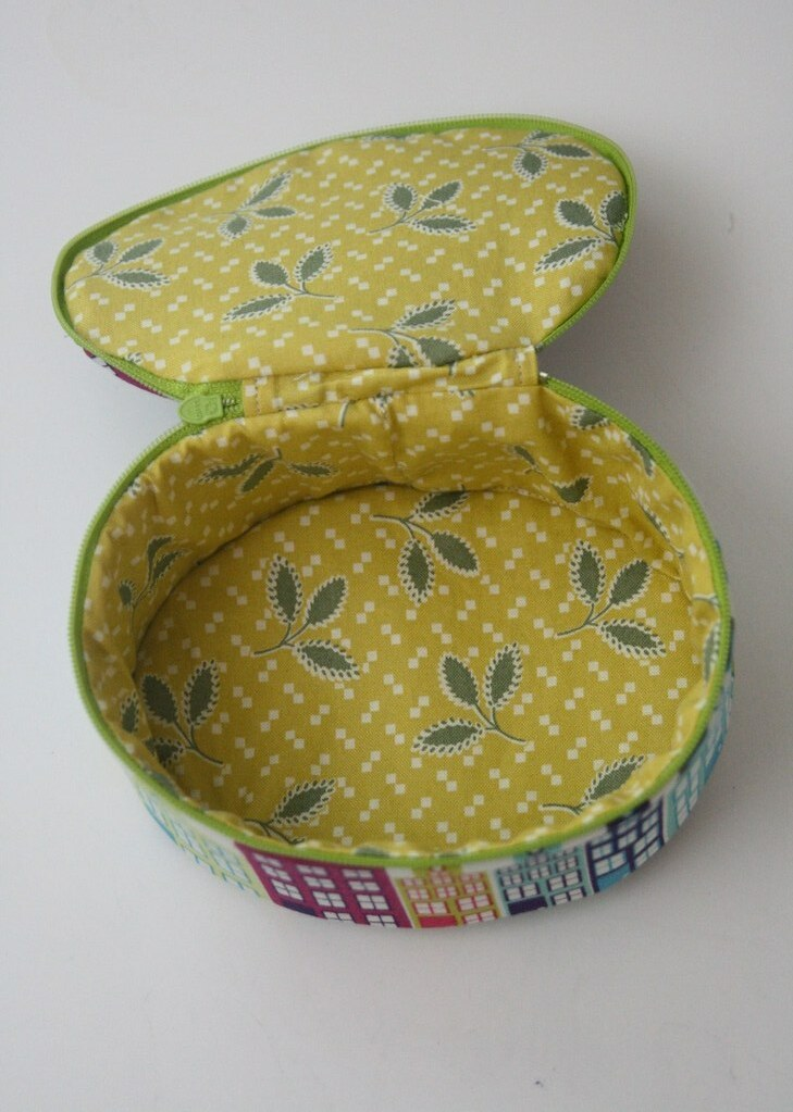 Inside of box bag-made using Aneela Hoey's tutorial