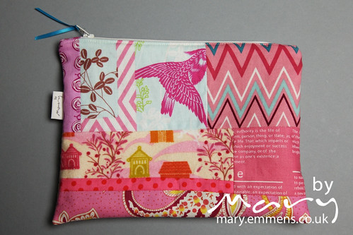Zip purse - patchwork front from scraps