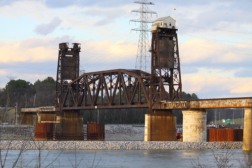 Tennessee River Railroad Bridge (South view) - Chattanooga, TN