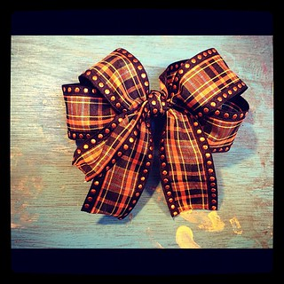 My first, handmade girly #bow for #halloween!
