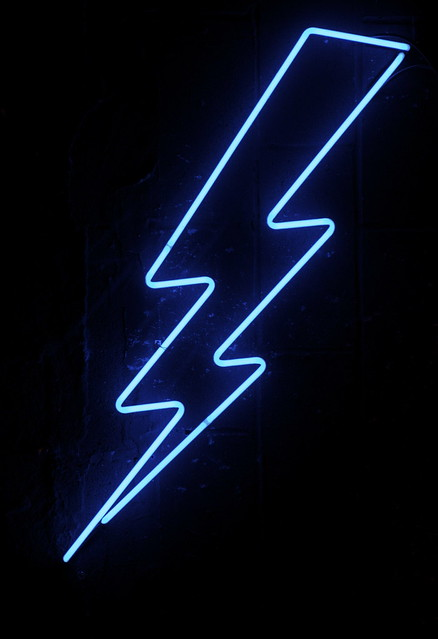 lightning wallpaper iphone 6