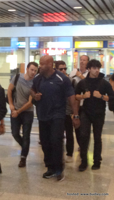Photos Jonas Brothers Arrived at KLIA