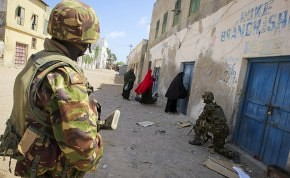 US-backed military forces terrorize Somalians in the southern port city of Kismayo. Resistance to the occupation has continued since Kenyan Defense Forces entered the town. by Pan-African News Wire File Photos