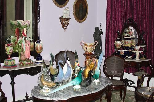 Casa particular antiques