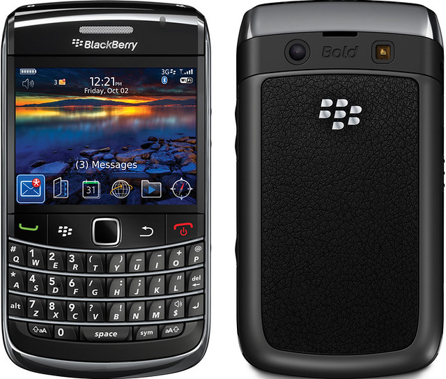 BlackBerry Bold 9700 実物大の製品画像